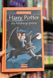 Basque translation of Harry Potter and the Prisoner of Azkaban