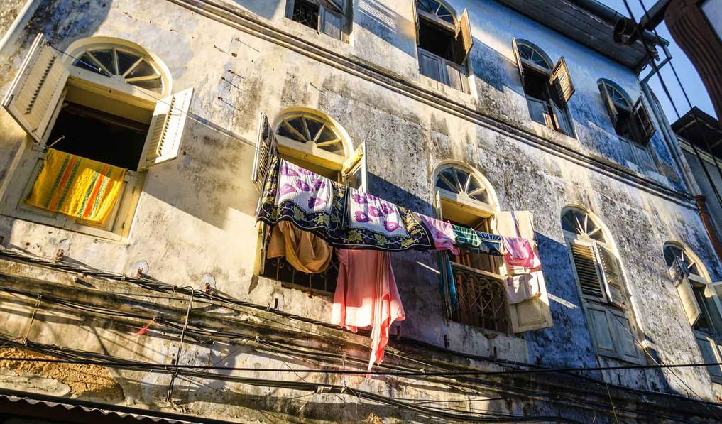 stonetown_laundry.jpg