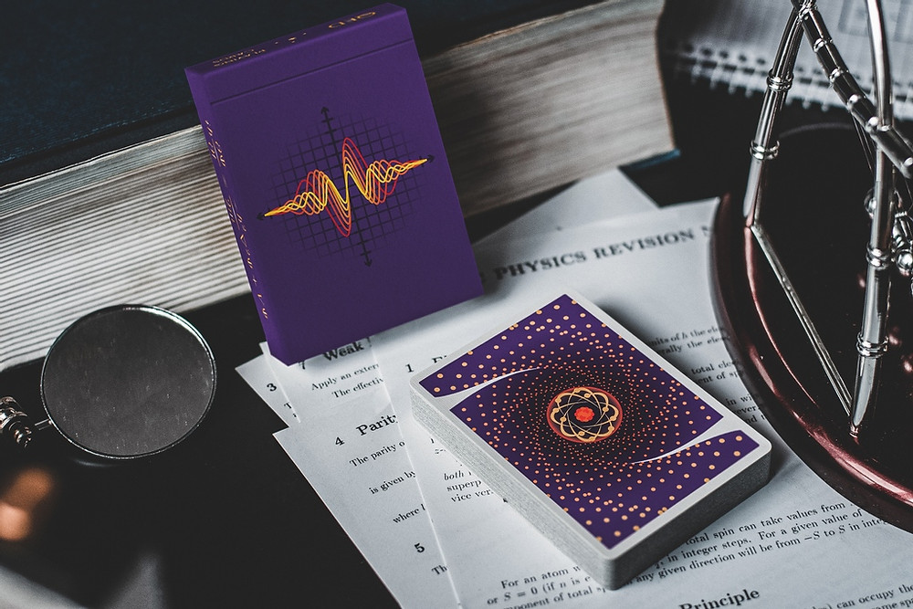 QUANTUM cards deck and tuck box