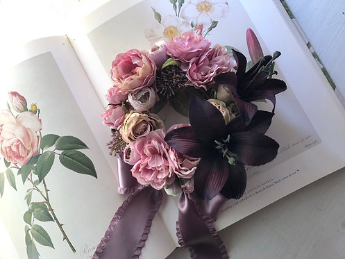 Rose and lily wreath (artificial flower )
