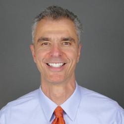 Dr Gustavo Grodnitzky