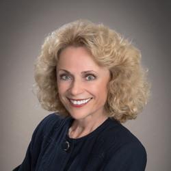 Claudia Schwartz