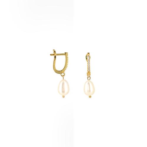 Orecchini moda donna in acciaio anallergico gold con perla d'acqua dolce ovale
