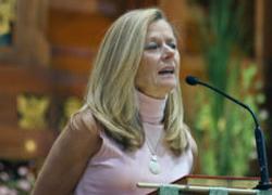 Julia Hess, CRW