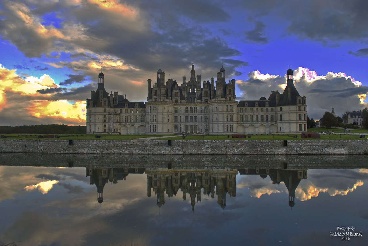 sunset on Chateau de Chambord