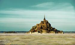 Mont St Michel dans la brume