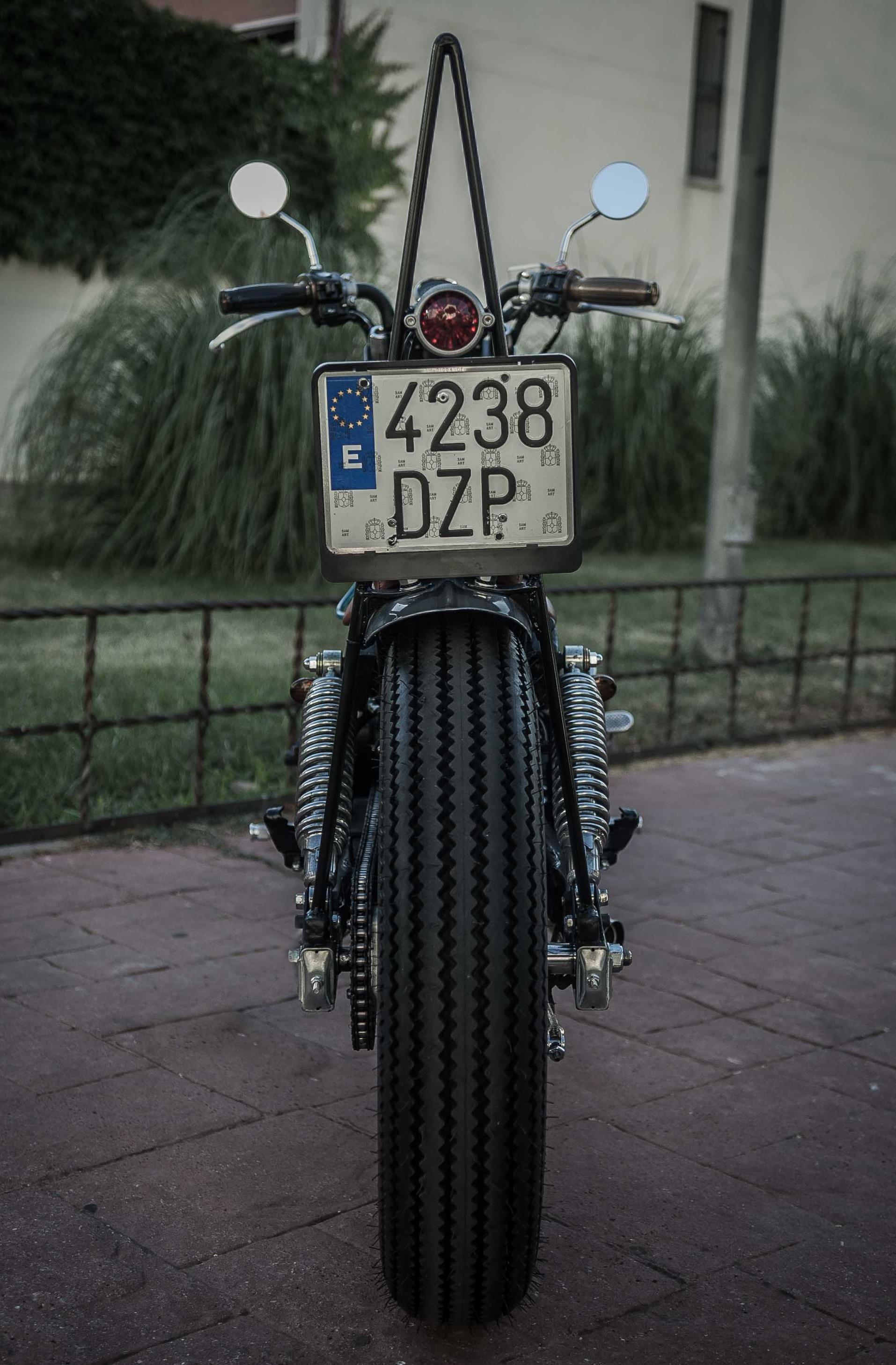 Kymko Zing 125 Bobber