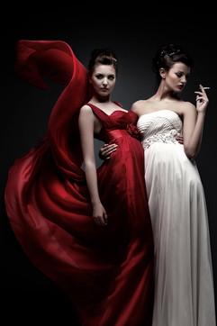2_Smoking_Ladies_rgb.jpg