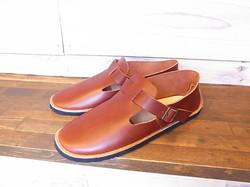 strap shoes/front