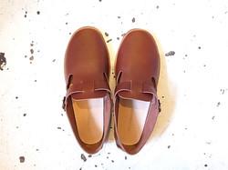 strap shoes/upper