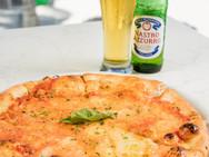 AzzurroPizzaMargherita1.jpg