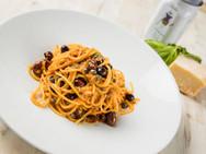 Gianni'sSpaghettiAllaPuttanesca1.jpg