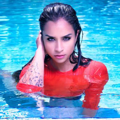 Photoshoot Difalconi Pool 14 fisnish web