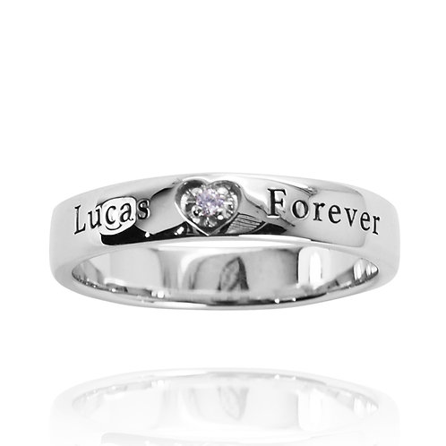KRG4 - A CLASSIC WOMENS HEART RING WITH ENGRAVED NAMES AND BIRTHSTONE