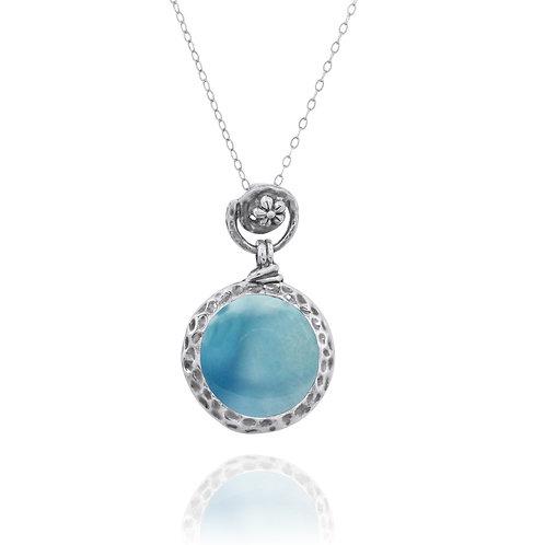 NP11601-LAR - Elegant Round Silver Pendant with Larimar Stone - Flower Top Desig