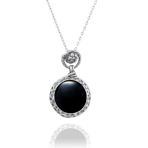 NP11601-BKON- Elegant Round Silver Pendant with Black Onyx - Flower Top Design
