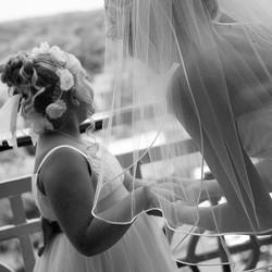 #michiganbridalhair #onlocationhairandmakeup #bride #hair #onlocation #flowergirl #northville #michi