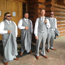 #wedding #weddingseasons #groomsmen #mensstyle #mensfashion #mengrooming #brideandgroom #hair #onloc