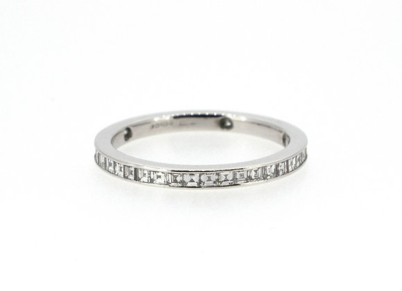 Round Cut Full Eternity Diamond Ring
