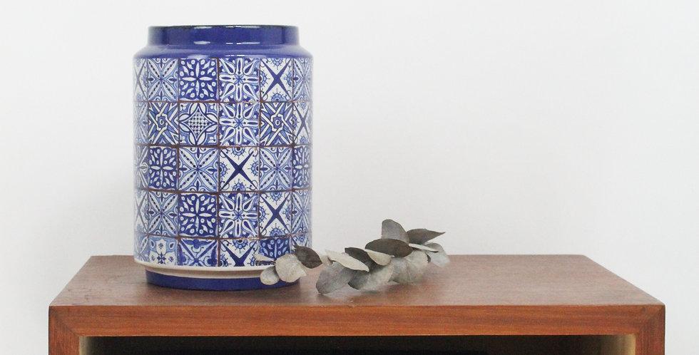 Vase motif carreaux de ciment