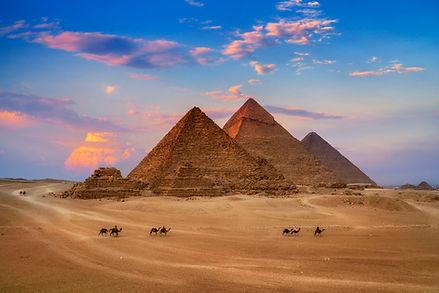 giza-egypt-pyramids-in-sunset-scene--won