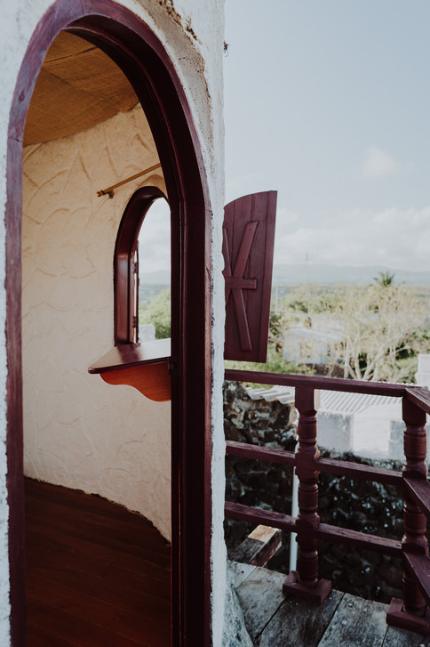 JoelHeim_ElCastilloGalápagos-3.jpg