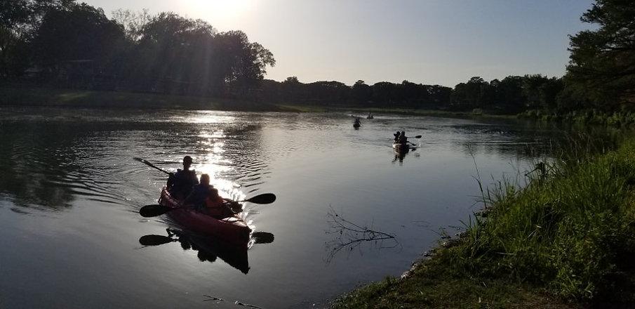 Kayaking silhouette.jpg