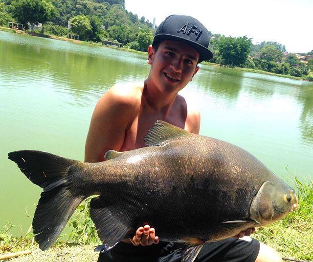Pescador_ Leonardo_Isca_ Ração na pinga_