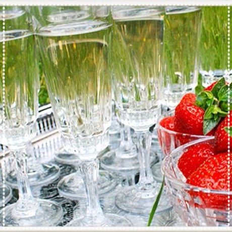 Teacups_and_Tandems_Buckinghamshire_Wedding_Events_Props_Glassware_Champagne_Vintage