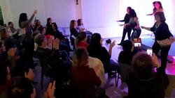 מיה טולדנו מופע לערב נשים