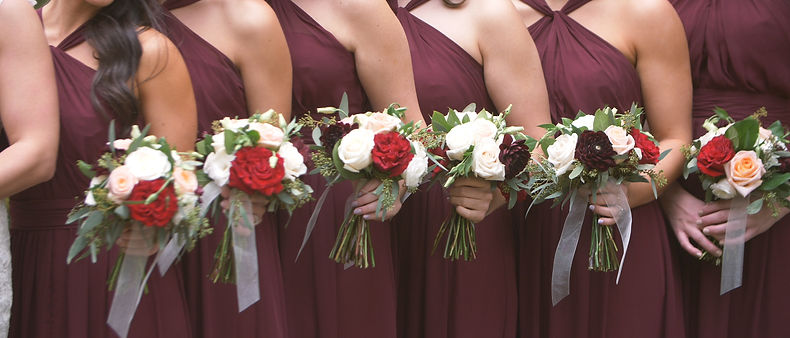 Nice colors and beautiful flower bouquets for the bridesmaids.