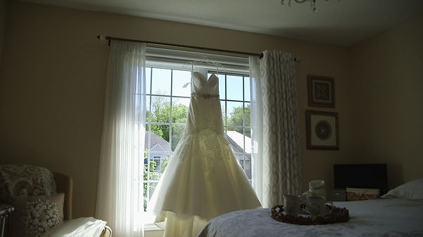 A gorgeous wedding dress on a video shot with the Cinevate Duzi slider.