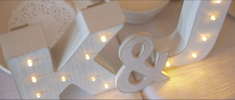Beautiful details captured with the Canon C100 during the wedding reception.
