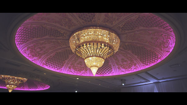 Beautiful central chandelier at Classic room in the Paradise Banquet Hall.