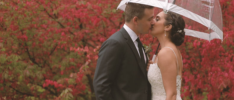 Beautiful fall colors at Langdon Hall set the mood for Jenny and Jason's wedding
