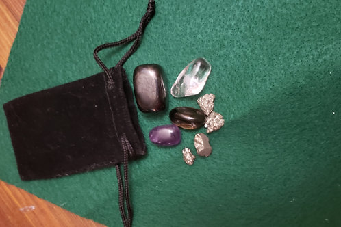 Super Protection Crystals Companion Bag
