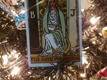 The High Priestess and the connection with the Virgin, Orishas and Goddesses