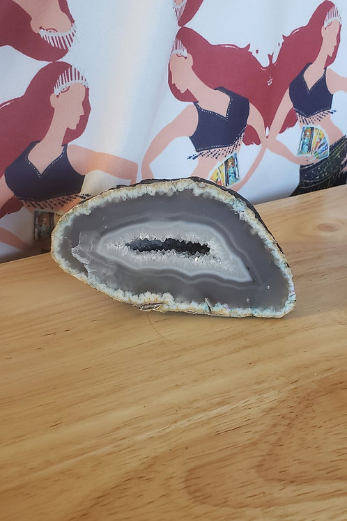 Agate Geode with Druzy Pocket 3