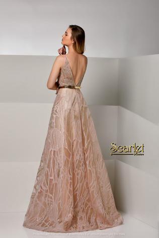 فستان خطبة أو سهرة تصميم لبناني فخم