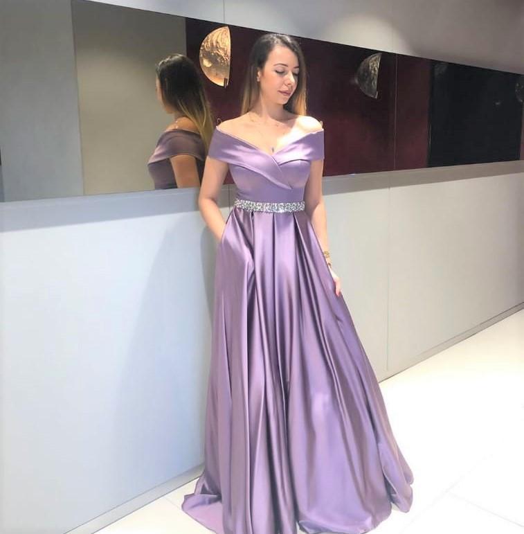 فستان حفلة تخرج توجيهي, مدرسة أو جامعة, متوفر بعدة ألوان أوف شولدر