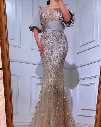 فستان طويل خرز