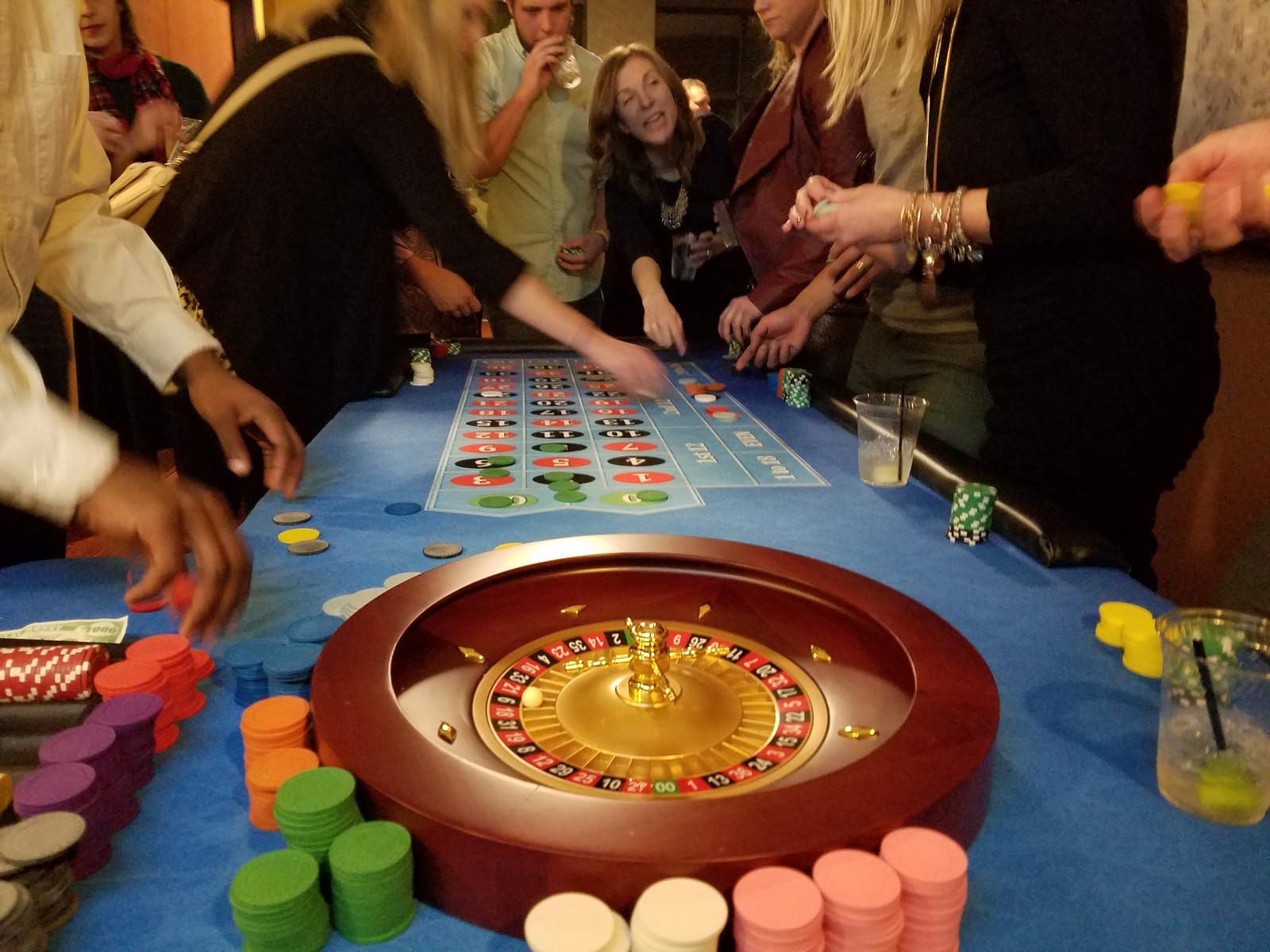 Фото игры в рулетку казино