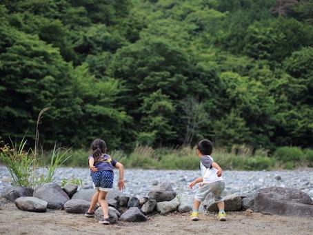 カメラマン羽田哲也のブログ:どっちが遠くに投げれるかな?