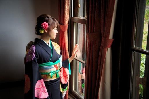 カメラマン羽田哲也、出張撮影、出張カメラマン、七五三、神奈川、横浜、東京、格安、リピート、おしゃれ写真、笑顔、家族写真、夫婦、家族、ロケーションフォト、公園、成人式後撮り、前撮り、成人式前撮り、自然な表情、ポージング指導、光、ストロボ、神社、影、マタニティフォト、ダンス、発表会、発表会撮影、バレエ、ダンサー、七五三、お宮参り、着物、家族写真、撮影、プロカメラマン
