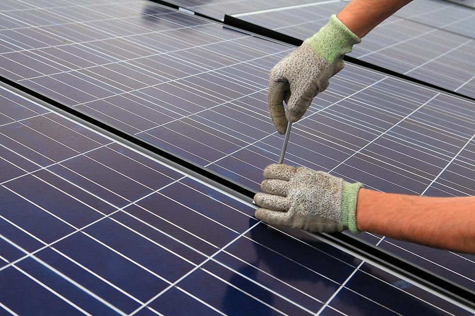 2-impianti-elettrici-fotovoltaico.jpg