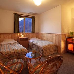 ペンション朝ねぼうの2名様向けツインルーム客室