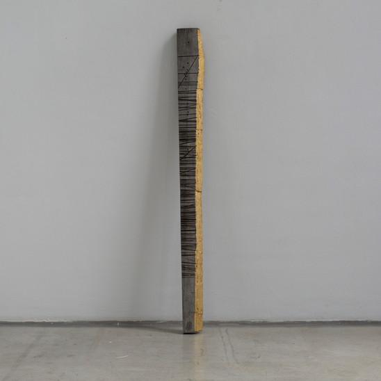 Stele 2016 Holz vergoldet 103x 14,5 x4cm