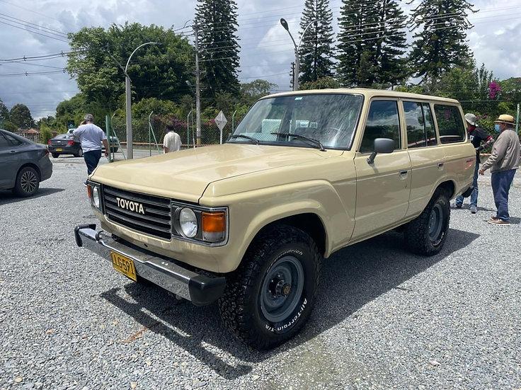 Toyota Land Cruiser FJ60 AT 1982