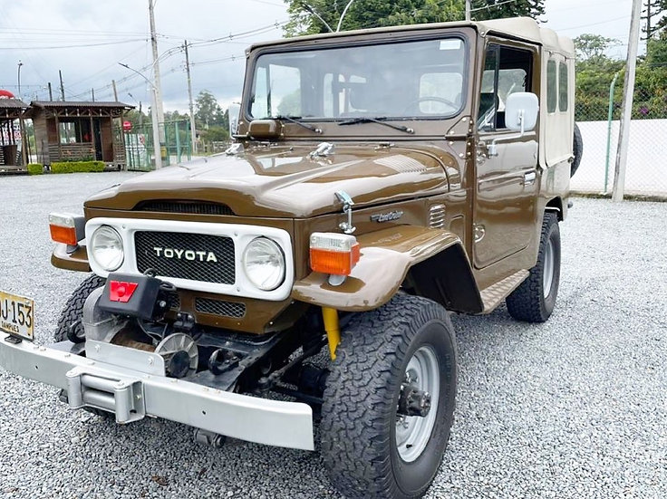 Toyota FJ40 AT 1972