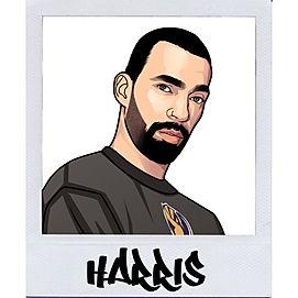 Harris_Passfoto_Kleidermachenbeute.jpg